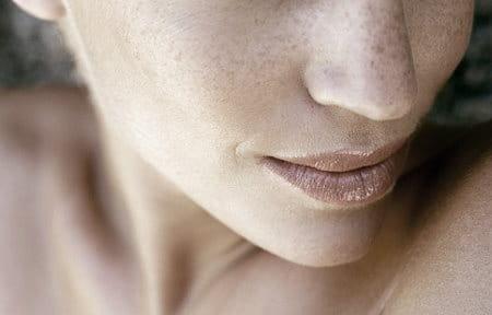 Cận cảnh mũi và miệng